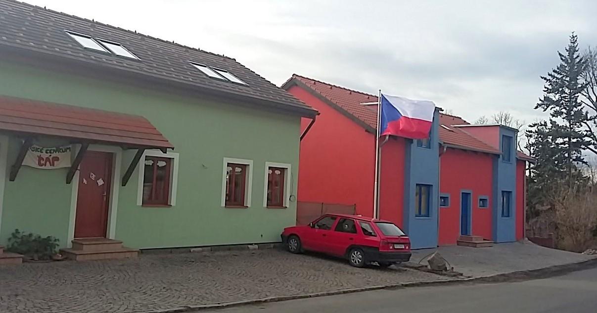 Ze zeleného domečku do oranžového